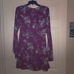 Size Medium Forever21 maroon and blue floral dress